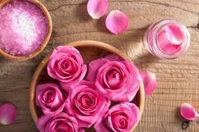 Что можно сделать из засохших роз
